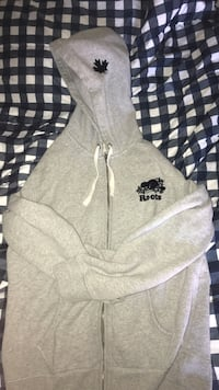 roots hoodie Mississauga, L5M 7G8