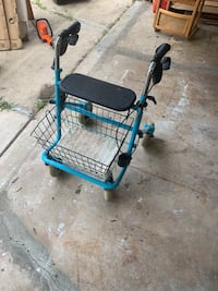 Invacare Rollator 4 Wheel Walker Glenview, 60025