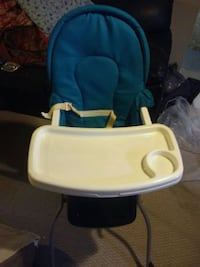 baby's blue and white high chair Kitchener, N2M 2B2