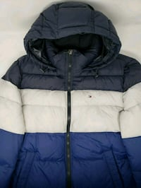 Three Tone Tommy Hilfiger Puffer Size: Large Queens, 11421