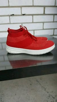 Fitflop Uberknit High Top Red Toronto, M2M 3T8