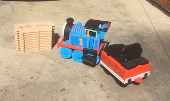Thomas the train peg Perego Ride on w track battery charger