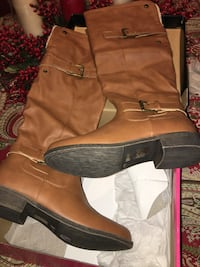 Charlotte Russe leather boots size 8 Central Falls, 02863