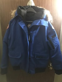 blue and black zip-up jacket New York, 10469
