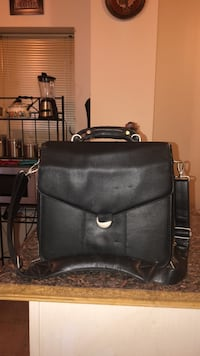 Dell Black Leather Laptop Briefcase Carry-on Strap Travel Case Jersey City, 07304