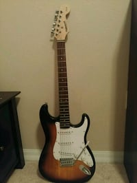 Starcaster electric guitar by fender Ruskin, 33573