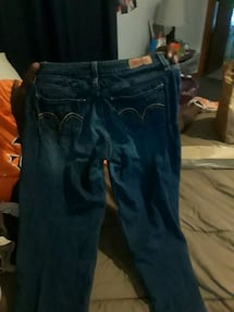 slightly used Levi jeans size a stretch