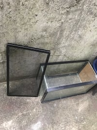 2'x1'x1' glass aquarium or terrarium