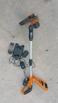 Worx 24 volt weed eater $30 firm needs battery