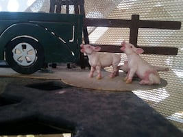 farm animals truck, windmill, pigs