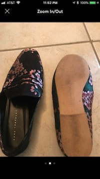 pair of black-and-pink floral flats Herndon, 20170