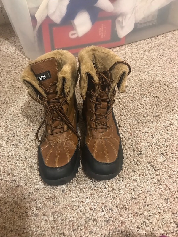 276a99f6ae5 SoftMoc women's winter boots size 8.5