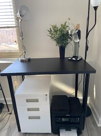 Black desk with adjustable legs Arlington, 22201