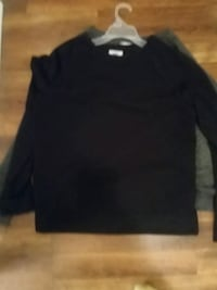 black crew-neck sweatshirt Knoxville, 37909