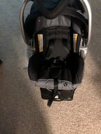Carseat with base and stroller Alexandria, 22312