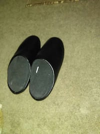black leather closed toe home slippers