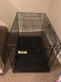 Medium sized collapsible dog crate