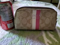 Coach Make up Bag Calgary, T2A 0L5