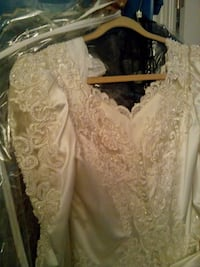 *Wedding Dress:& Fancy Neckpiece​/Veil(shown sep)