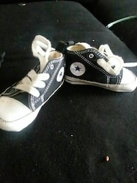 Size 2 Chuck Taylor's baby shoes Midland, 79701