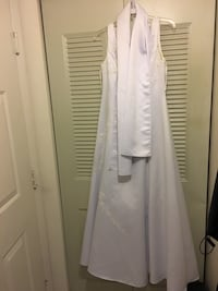 White wedding dress. Alexandria, 22309