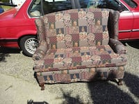 2 seater wing back settee Coquitlam, V3E 2W1