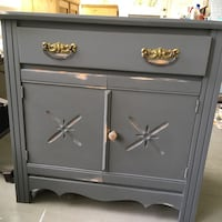 Grey wooden 2-drawer washstand Kawartha Lakes, K0M