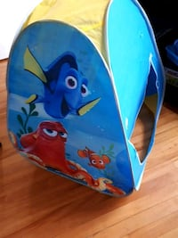 Disney Dory, Nemo and octopus printed dome tent