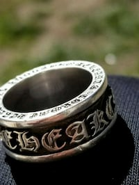 Chome hearts spinner ring Vancouver, V5W 2Z6