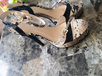pair of black-and-brown sandals Edmonton, T5P 2R9
