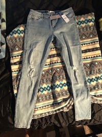 Brand new size 11 distressed jeans Maple Ridge, V2X 6C4