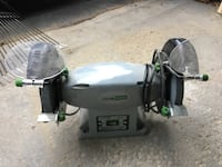 Double wheel grinder, lighted, in great working condition, like new Mississauga, L5J 4C3