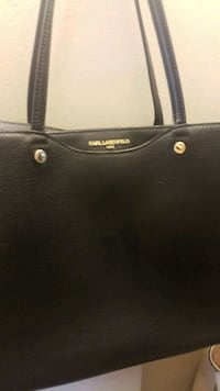 black leather Michael Kors tote bag Surrey, V3W 1Y9