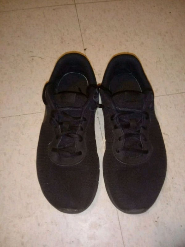 Nike running shoes size 7 0