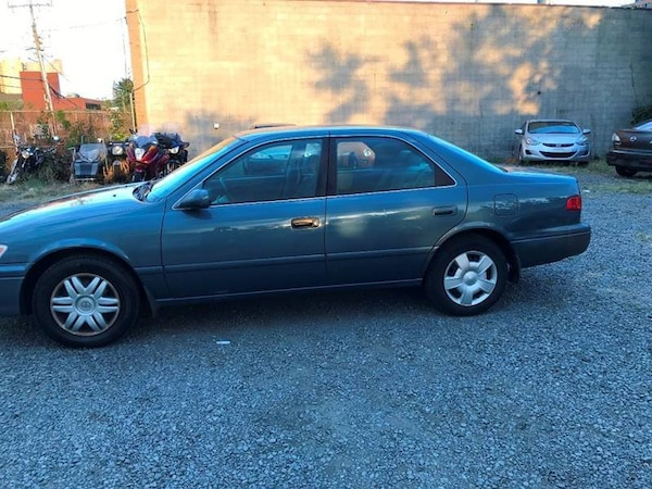 Toyota Camry 2001 3716faba-6694-40eb-84ab-8a1a01465d49