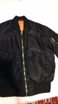 Alpha Industries Reversible Bomber Surrey, V3S 2W9