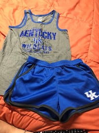 UK girls M outfit  Louisville, 40218