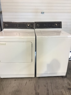 Maytag washer and dryer excellent condition both work amazing
