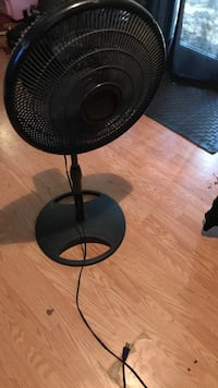 black pedestal fan Waynesville, 28786