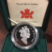 2001 Silver Dollar( not in hard case for picture purpose only) in 2x2 case Edmonton