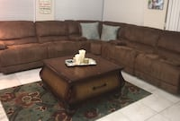 El Dorado Sectional & Recliner with tables only $750 (5 years old) regular price $2600 pick up only  Miami, 33186