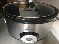 stainless steel and black Hamilton Beach slow cooker Knoxville, 37932