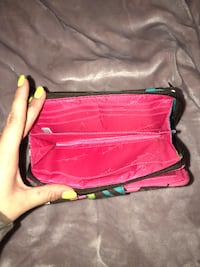 vera bradley wallet good condition ( used couple times ) North Richland Hills, 76180