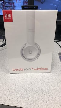 Beats Wireless Solo 3 Sealed in Box Surrey, V3W 0N9
