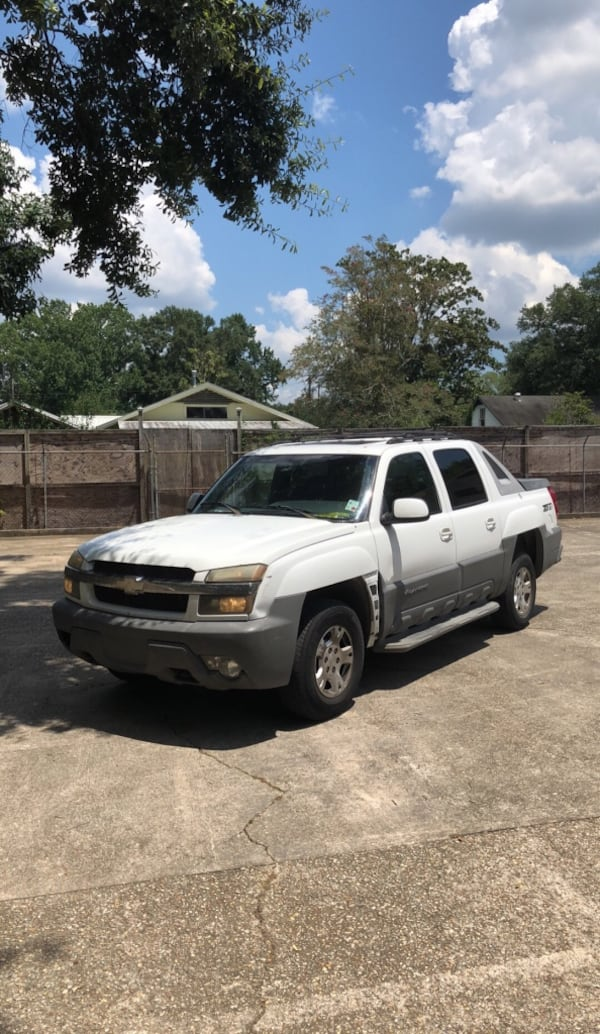 Chevrolet - Avalanche - 2002 224c27d1-13ca-40be-89f2-c3a546c1563f