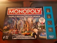 Monopoly World Edition board game box Saint-Constant, J5A