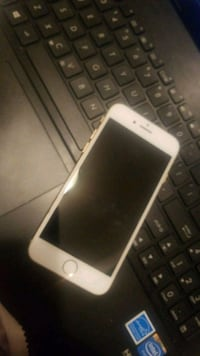 iPhone 8 phone only.  mint condition  Toronto, M1V