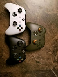 Xbox one controllers  Red Deer, T4R 0E6