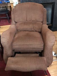 Matching Haverty recliners; will sell 1 or both Ashburn, 20147
