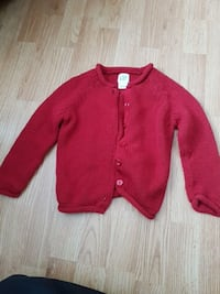 Baby Gap knitted sweater. Size 3xl / 3 years